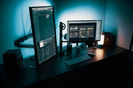 公司网站建设选用香港服务器的注意事项